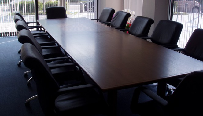 金融機関 会議室